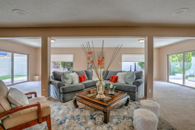 4704 Larchmont Drive NE, Albuquerque, NM 87111 (MLS #936821) :: Silesha & Company