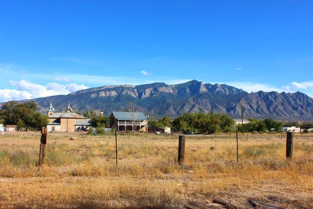 260 20th Street, Bernalillo, NM 87004 (MLS #937827) :: Campbell & Campbell Real Estate Services