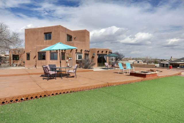 761 Comanche Road SE, Rio Rancho, NM 87124 (MLS #939128) :: Campbell & Campbell Real Estate Services
