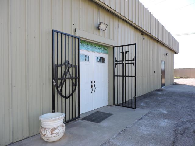537 Oak Street SE, Albuquerque, NM 87106 (MLS #939317) :: Campbell & Campbell Real Estate Services