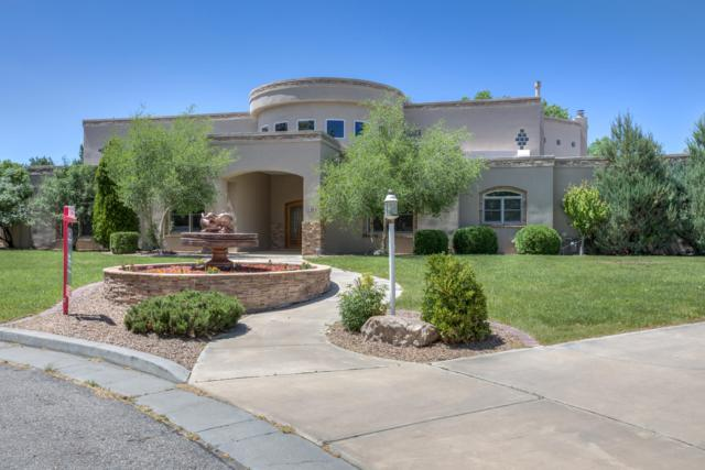 9915 San Bernardino Avenue NE, Albuquerque, NM 87122 (MLS #941123) :: Campbell & Campbell Real Estate Services