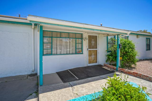 852 Hidalgo Circle NW, Albuquerque, NM 87105 (MLS #942900) :: Campbell & Campbell Real Estate Services