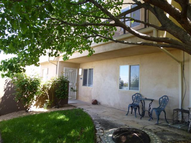 13168 Candelaria Road NE #13168, Albuquerque, NM 87112 (MLS #943214) :: Silesha & Company