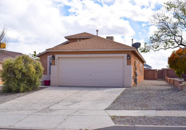 6136 Vaughn Drive NE, Rio Rancho, NM 87144 (MLS #944001) :: The Bigelow Team / Realty One of New Mexico