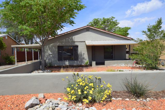 227 Mesilla Street NE, Albuquerque, NM 87108 (MLS #946349) :: Campbell & Campbell Real Estate Services