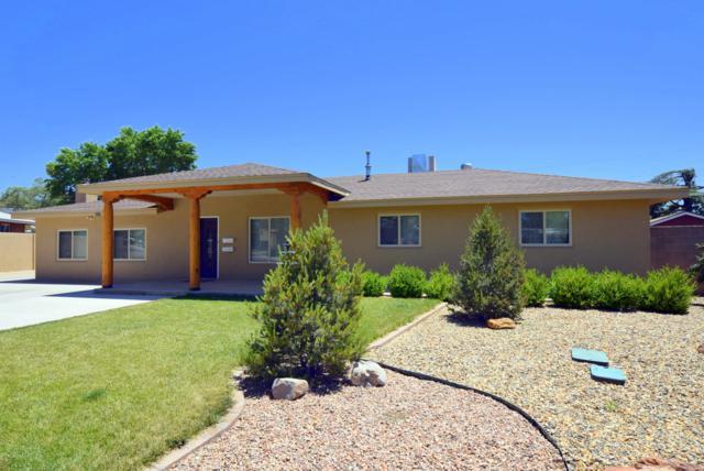 2300 Stevens Drive NE, Albuquerque, NM 87112 (MLS #947185) :: The Bigelow Team / Red Fox Realty