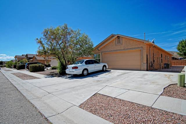 1841 Camino Rincon SW, Los Lunas, NM 87031 (MLS #950990) :: Campbell & Campbell Real Estate Services