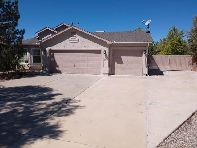 10205 Calle Dichoso Court NW, Albuquerque, NM 87114 (MLS #952882) :: The Bigelow Team / Red Fox Realty