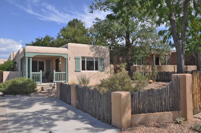 420 Tulane Drive SE, Albuquerque, NM 87106 (MLS #953869) :: The Bigelow Team / Red Fox Realty