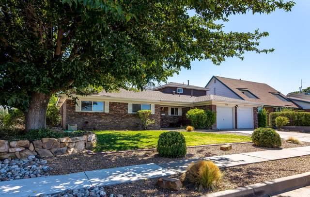 3724 General Stillwell Street NE, Albuquerque, NM 87111 (MLS #954071) :: Silesha & Company
