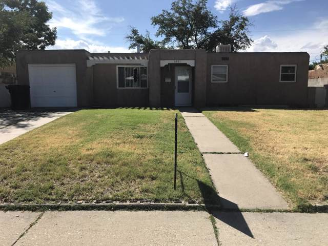 3501 Valencia Drive NE, Albuquerque, NM 87110 (MLS #954169) :: Campbell & Campbell Real Estate Services