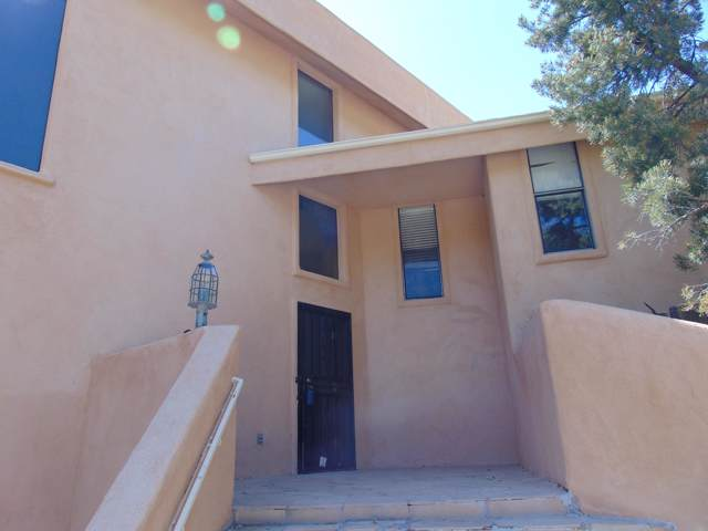 1223 Rockrose Road NE, Albuquerque, NM 87122 (MLS #954699) :: Silesha & Company