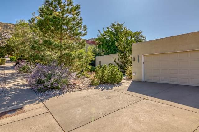 13200 Hugh Graham Road NE, Albuquerque, NM 87111 (MLS #955254) :: The Bigelow Team / Red Fox Realty