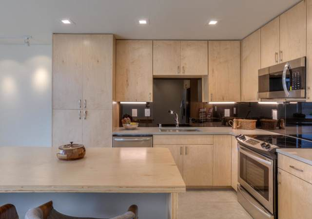 708 Benicia Lane SW, Albuquerque, NM 87102 (MLS #956010) :: Campbell & Campbell Real Estate Services