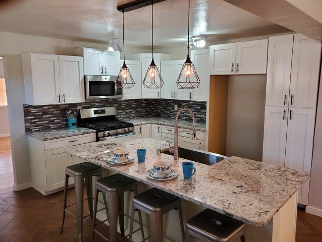 423 Gene Avenue NW, Albuquerque, NM 87107 (MLS #956386) :: Campbell & Campbell Real Estate Services