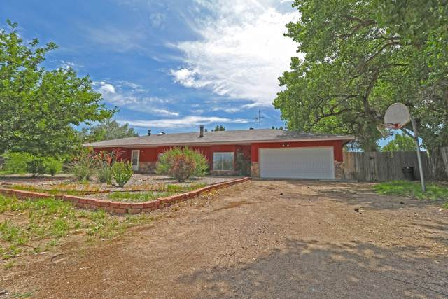 137 Camino De Los Chavez, Belen, NM 87002 (MLS #956481) :: Campbell & Campbell Real Estate Services
