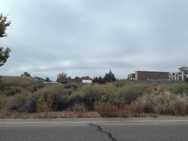 Hillside Drive, Los Lunas, NM 87031 (MLS #956554) :: Berkshire Hathaway HomeServices Santa Fe Real Estate