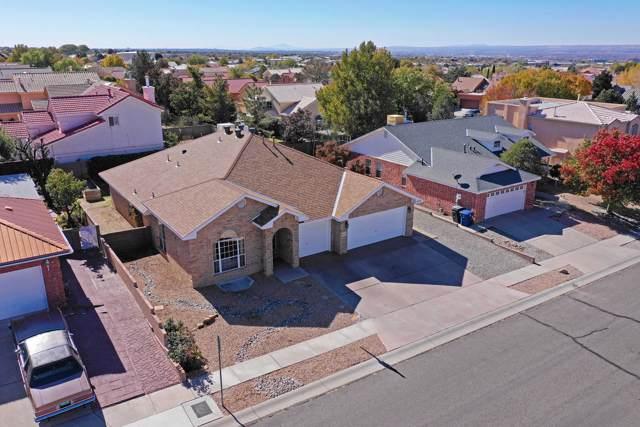 8104 Corona Avenue NE, Albuquerque, NM 87122 (MLS #956564) :: Campbell & Campbell Real Estate Services