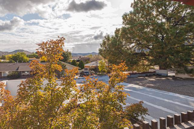 1209 Bernalillo Place SE, Albuquerque, NM 87123 (MLS #956736) :: The Bigelow Team / Red Fox Realty