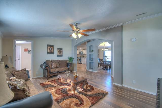 12 Rancho Del Cielo, Edgewood, NM 87015 (MLS #958701) :: Campbell & Campbell Real Estate Services