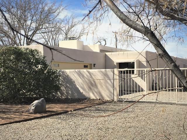 1930 Avenida Las Campanas NW, Los Ranchos, NM 87107 (MLS #961938) :: Silesha & Company