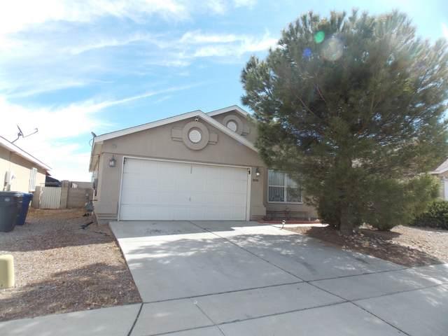 8708 Benavides Avenue SW, Albuquerque, NM 87121 (MLS #962323) :: Silesha & Company