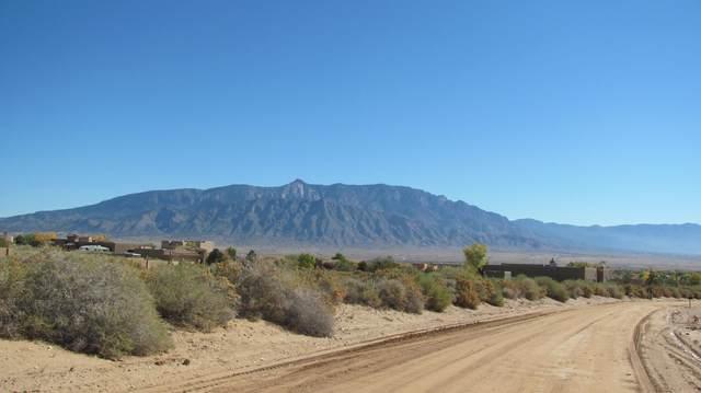 5724 Rio Oso Road NE, Rio Rancho, NM 87144 (MLS #963982) :: The Buchman Group