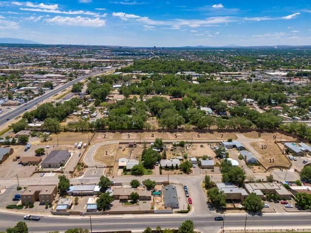 253 Valle Encantado Drive NW, Albuquerque, NM 87107 (MLS #967568) :: Campbell & Campbell Real Estate Services