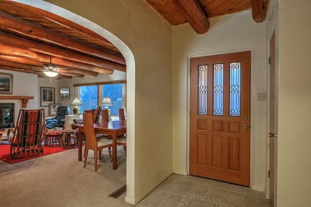961 Alameda Road NW, Albuquerque, NM 87114 (MLS #968477) :: Campbell & Campbell Real Estate Services