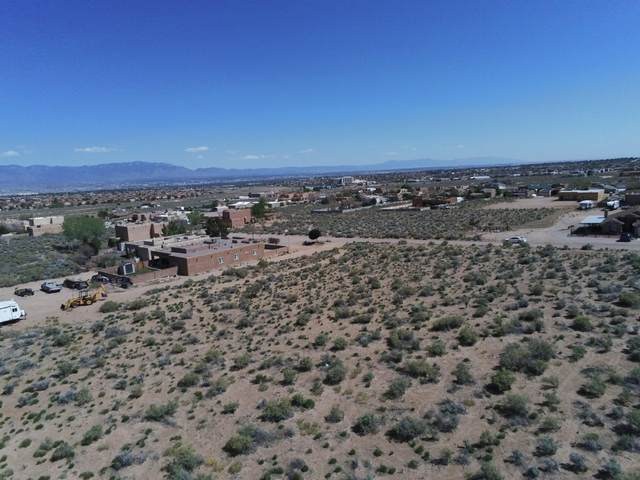 1611 15TH Avenue SE, Rio Rancho, NM 87124 (MLS #968522) :: Campbell & Campbell Real Estate Services