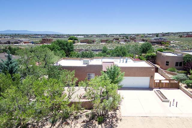 1688 16TH Avenue SE, Rio Rancho, NM 87124 (MLS #968670) :: Campbell & Campbell Real Estate Services