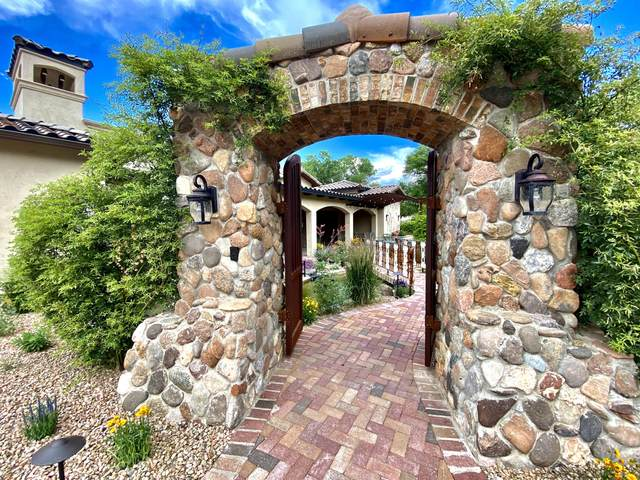 909 Terra Bella Court NW, Albuquerque, NM 87114 (MLS #969303) :: Campbell & Campbell Real Estate Services