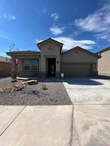 4516 Skyline Loop NE, Rio Rancho, NM 87144 (MLS #969306) :: The Buchman Group