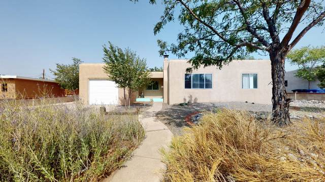 4903 S Idlewilde Lane SE, Albuquerque, NM 87108 (MLS #971583) :: Berkshire Hathaway HomeServices Santa Fe Real Estate