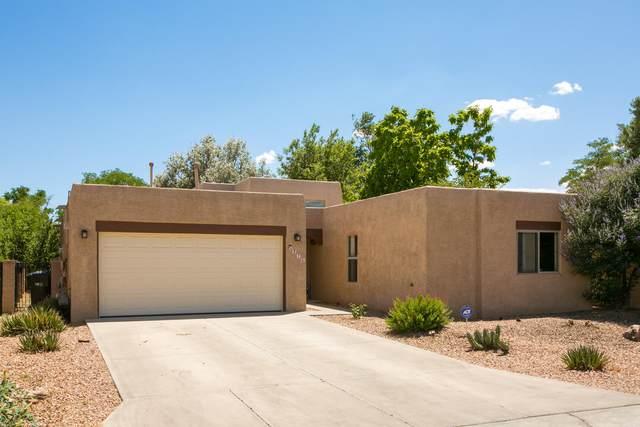 376 La Chamisal Lane NW, Los Ranchos, NM 87107 (MLS #971823) :: The Bigelow Team / Red Fox Realty