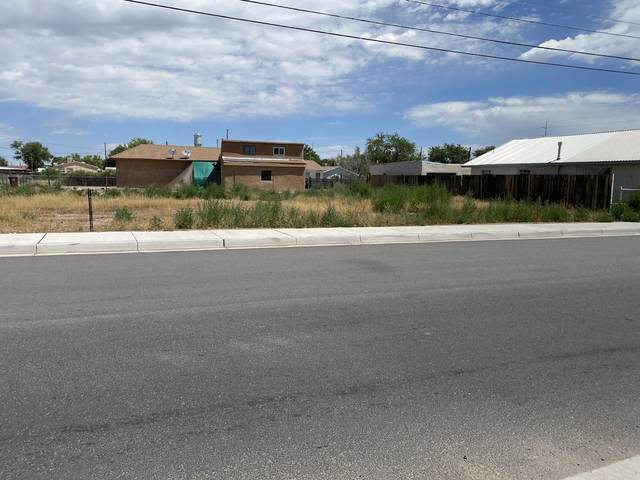 Bernard Avenue, Belen, NM 87002 (MLS #972058) :: The Bigelow Team / Red Fox Realty