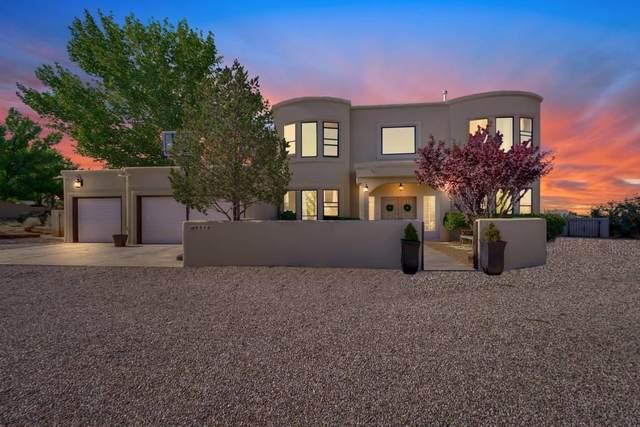 9510 Glendale Avenue NE, Albuquerque, NM 87122 (MLS #973867) :: The Buchman Group