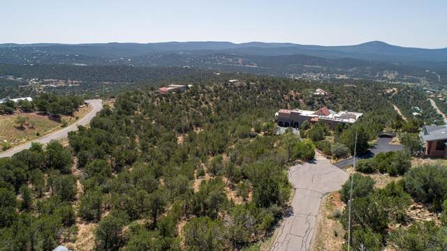 9 Boulder Lane, Cedar Crest, NM 87008 (MLS #974510) :: The Buchman Group