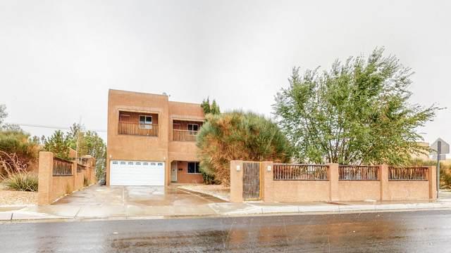 1112 Truman Street SE, Albuquerque, NM 87108 (MLS #976154) :: The Bigelow Team / Red Fox Realty