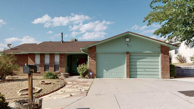 14305 Nambe Avenue NE, Albuquerque, NM 87123 (MLS #976568) :: Campbell & Campbell Real Estate Services