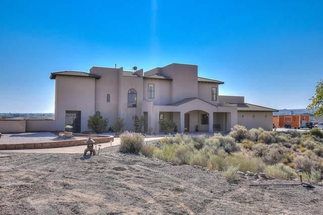 1401 Bridger Road NE, Rio Rancho, NM 87144 (MLS #977097) :: The Bigelow Team / Red Fox Realty
