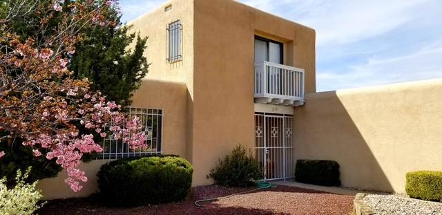 1233 Sasebo Street NE, Albuquerque, NM 87112 (MLS #977678) :: The Bigelow Team / Red Fox Realty