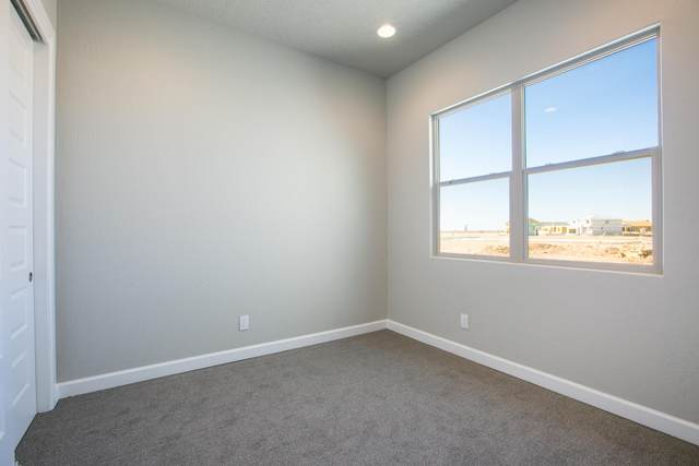2612 O'keefe Street SE, Albuquerque, NM 87106 (MLS #978129) :: The Bigelow Team / Red Fox Realty