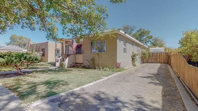 320 N 3rd Street, Belen, NM 87002 (MLS #978470) :: Berkshire Hathaway HomeServices Santa Fe Real Estate