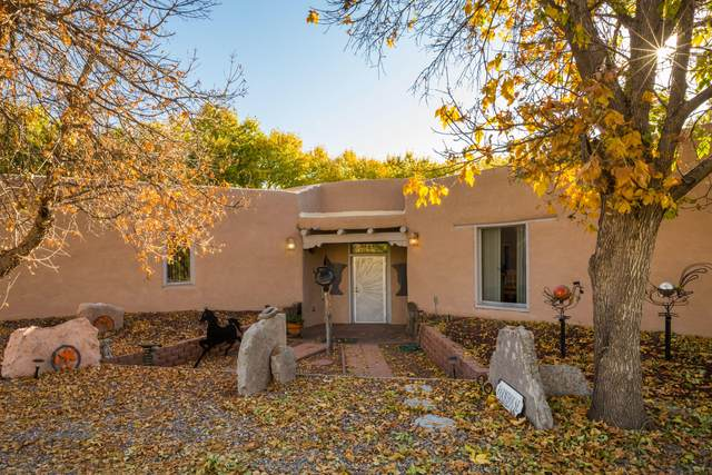 2 Flora Castillo Place, Belen, NM 87002 (MLS #979179) :: Berkshire Hathaway HomeServices Santa Fe Real Estate