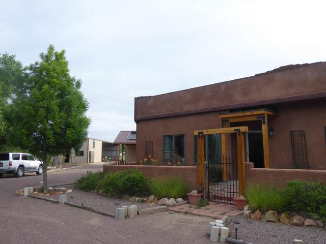 77 Community Road, Polvadera, NM 87828 (MLS #980115) :: Campbell & Campbell Real Estate Services
