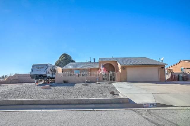 1701 Allegheny Drive NE, Rio Rancho, NM 87144 (MLS #981508) :: Sandi Pressley Team