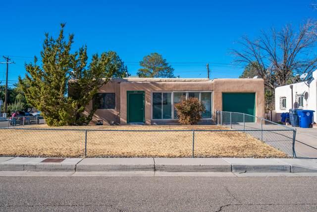 2001 Madeira Drive NE, Albuquerque, NM 87110 (MLS #982248) :: Campbell & Campbell Real Estate Services