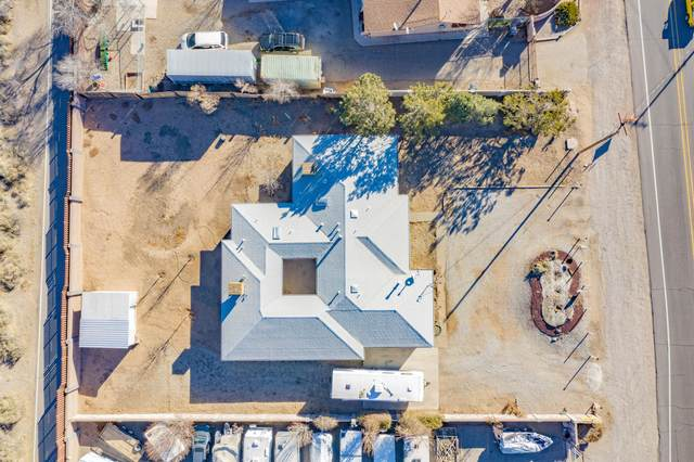 145 El Pueblo Road NW, Albuquerque, NM 87114 (MLS #982968) :: The Bigelow Team / Red Fox Realty