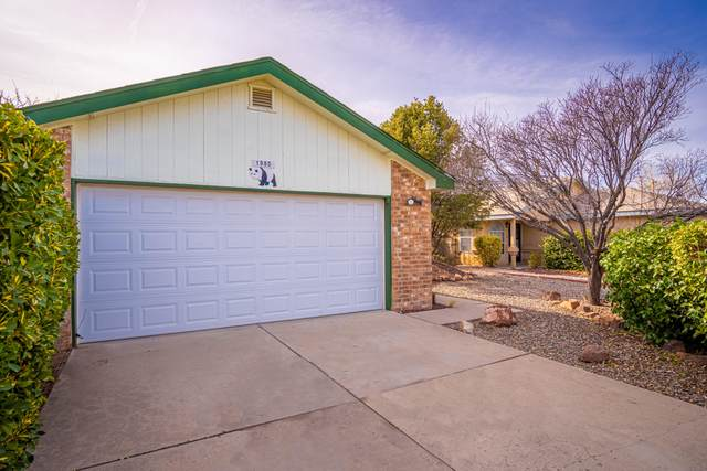 1985 Panda Drive SW, Los Lunas, NM 87031 (MLS #983884) :: Campbell & Campbell Real Estate Services